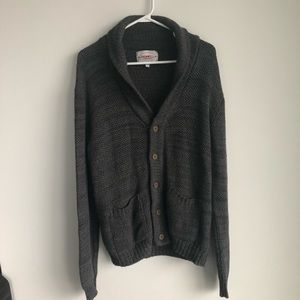 Other - Men's knit cardigan sweater